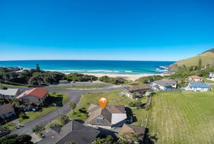 3 Ampat Place, Blueys Beach, NSW 2428