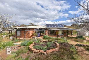 448 Boort-Wedderburn Road, Wedderburn, Vic 3518