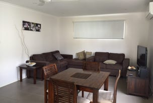 Unit 4, 5 Atkinson St, Middlemount, Qld 4746