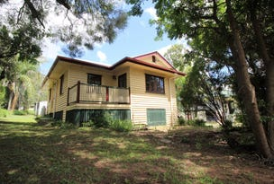 13 Down Street, Esk, Qld 4312