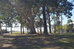 6 Royal Boulevard, Moore Park Beach, Qld 4670