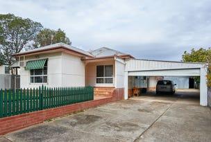 4 Castlereagh Avenue, Mount Austin, NSW 2650