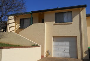 4/77 Thornhill Street, Young, NSW 2594