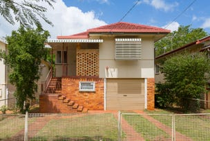 9 EVERSLEIGH ROAD, Scarborough, Qld 4020