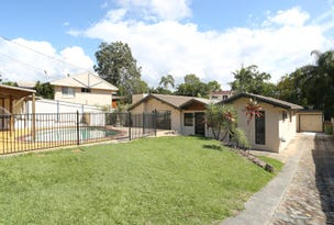 8 Darling Crescent, Molendinar, Qld 4214