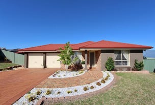 32 Sapphire Crescent, Kelso, NSW 2795