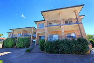6/13  Melinda Grove, Lake Heights, NSW 2502