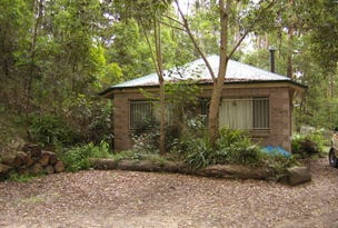 17 Harland Road, Mount Glorious, Qld 4520
