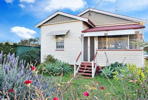 17 Gauntlet Street, North Toowoomba, Qld 4350