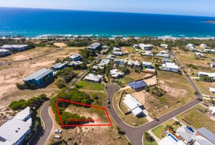17 Marine Pde, Agnes Water, Qld 4677