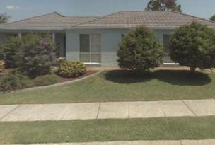 14 Dwyer St, Blue Haven, NSW 2262