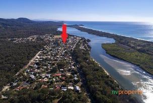 6 Seventh Avenue, Stuarts Point, NSW 2441