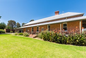 16 Jarvis Creek Road, Tallangatta, Vic 3700