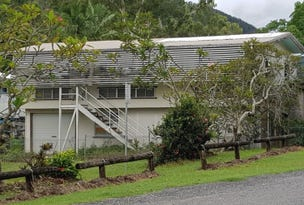 38 Davison Road, Wilson Beach, Qld 4800