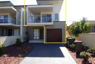 20B Alexander Cres, Macquarie Fields, NSW 2564