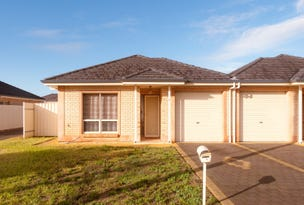 2/11 Ormond Avenue, Clearview, SA 5085