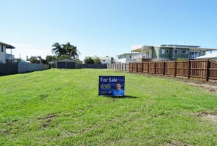 114 Sea Park Rd, Burnett Heads, Qld 4670