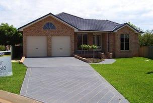 8 Arana Place, Parkes, NSW 2870