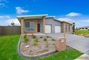 2/10 Yeomans Road, Armidale, NSW 2350