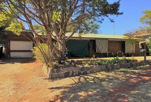 10 Muscat Court, Wilsonton Heights, Qld 4350