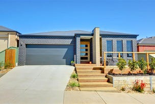70 Waterford Drive, Miners Rest, Vic 3352