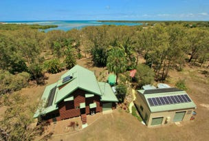 92 Melcers Road, Elliott Heads, Qld 4670