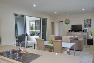 22 Southward Street, Mission Beach, Qld 4852
