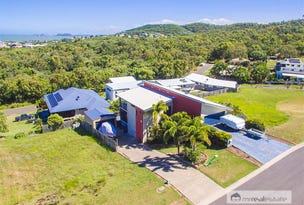 15 Pacific Vista Close, Pacific Heights, Qld 4703