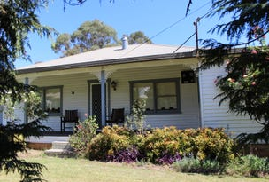 99 Martin Street, Tenterfield, NSW 2372