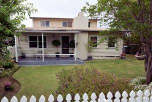 210 BURCHFIELD AVENUE, Deniliquin, NSW 2710
