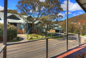 1/5 Snowbound Chalets, Thredbo Village, NSW 2625
