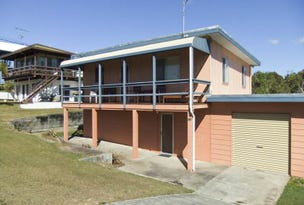 122 Ocean Road, Brooms Head, NSW 2463