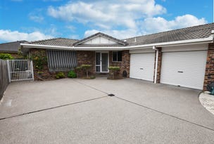 2/28 Pacific Parade, Tuncurry, NSW 2428