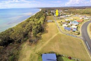 11 Sea Beach Way, Toogoom, Qld 4655