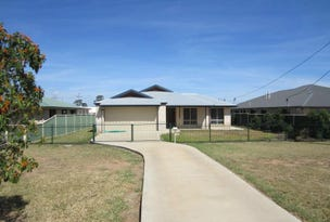 3 Racecourse Road, Miles, Qld 4415