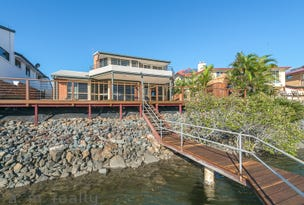54 Tradewinds Avenue, Paradise Point, Qld 4216