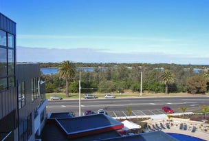 4.10/1 Esplanade, Lakes Entrance, Vic 3909
