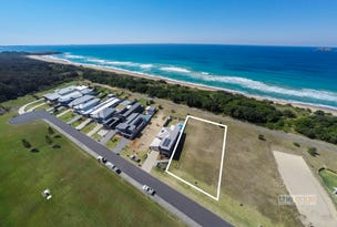 6 Beach Way, Sapphire Beach, NSW 2450