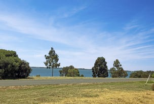 59 Frontage Road, Lake Bolac, Vic 3351