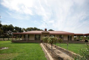 177 Lawson Syphon Road, Deniliquin, NSW 2710