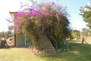 26 Quirks Road, Amiens, Qld 4380