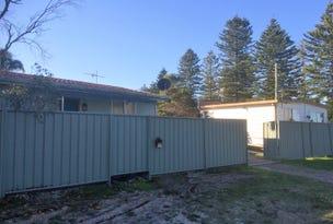 35 Beatty Boulevard, Tanilba Bay, NSW 2319