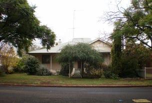8 Thurlstone Street, Parkes, NSW 2870