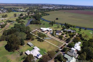 Bairnsdale, address available on request