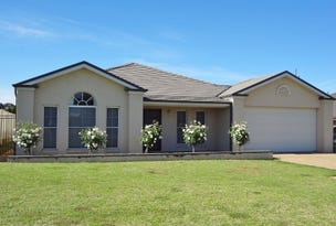 13 Fay Avenue, Kooringal, NSW 2650