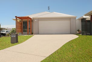 15 Severn Place, Pelican Waters, Qld 4551