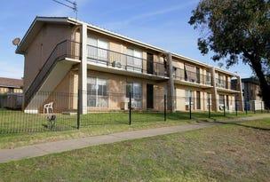 5/4 Nordlingen Drive, Tolland, NSW 2650