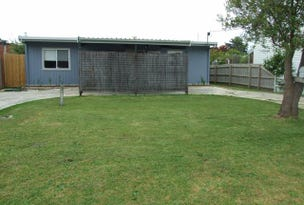 2 Albany Road, Cowes, Vic 3922