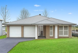 11 Parker Crescent, Berry, NSW 2535