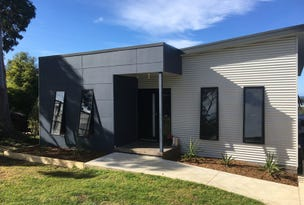 11 Howden Ct, Mallacoota, Vic 3892